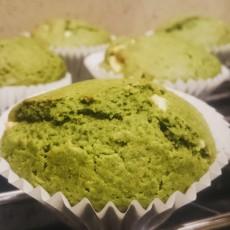 Matcha and White Chocolate Muffins